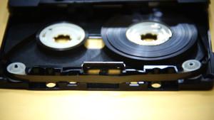 オーディオカセットテープ切断修理後