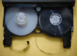 8ミリビデオテープ修理前