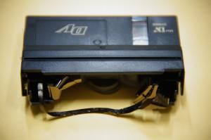 ミニDVテープ修理前(しわ・伸び)
