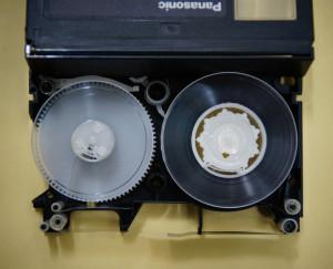 VHS-Cテープカビ・癒着・切断修理後