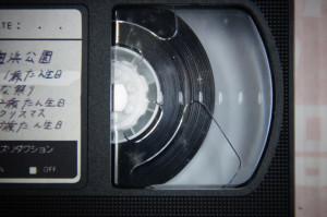 VHSテープ修理前(カビ)