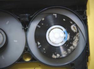 8ミリビデオテープ修復前