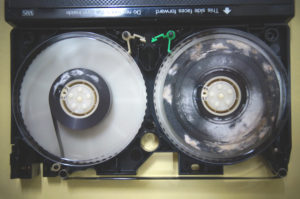 VHSテープ修理前